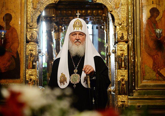 Фото: С. Власов. Патриаршее служение в канун праздника Святой Троицы в Троице-Сергиевой лавре