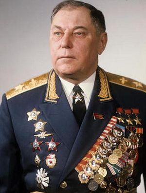 Александр Иванович Покрышкин, – трижды Герой Советского Союза