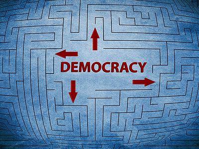 Демократическое безумие