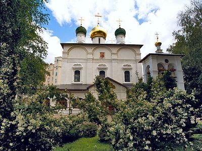 Божественная литургия в Сретенском монастыре в Неделю 3-ю по Пятидесятнице