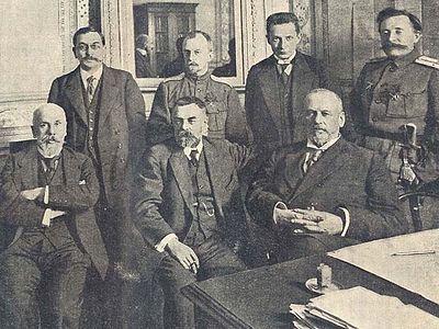 Банкротство февралистов: от кадетского правительства к правительству советскому