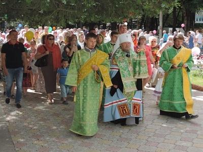 В Крыму прошел первый семейный крестный ход