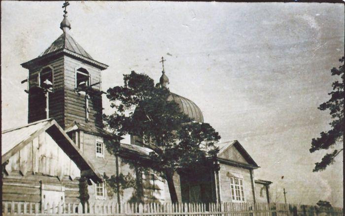 Михаило-Архангельский храм в Усть-Ине был переоборудован в жилой дом.jpg