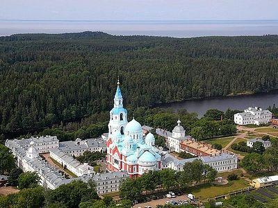Президент России Владимир Путин посетил Валаамский монастырь
