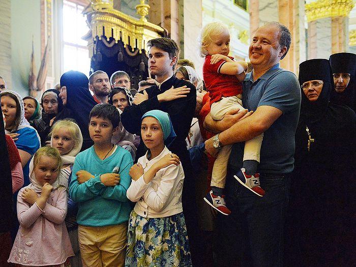 Патриарший визит в Санкт-Петербург. Литургия в Петропавловском соборе. Фото: patriarchia.ru