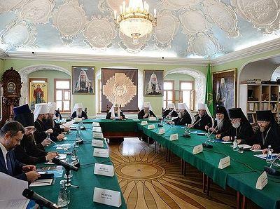 Святейший Патриарх Кирилл возглавил заседание президиума Межсоборного присутствия