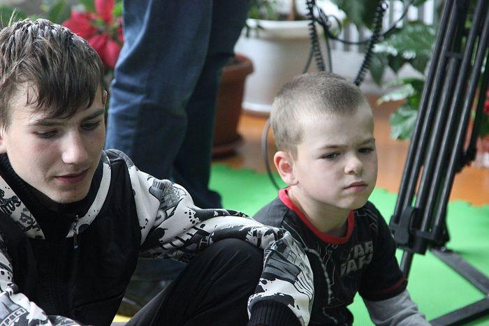 Внук (слева) и младший сын Аремы