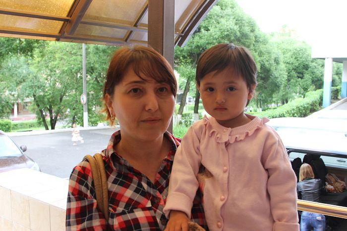 Шакира с подросшей дочкой на руках