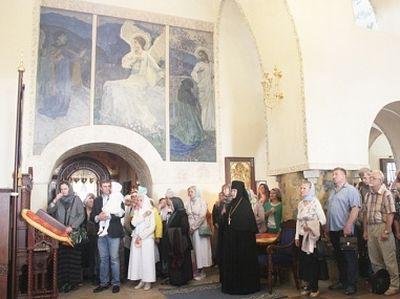 В Марфо-Мариинской обители милосердия молитвенно почтили память преподобномученицы Елисаветы Феодоровны