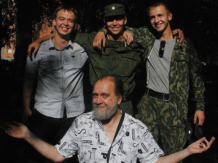 Александр Ткаченко с сыновьями