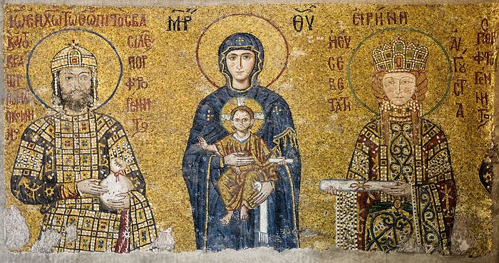 The Comnenus mosaics (12th-century) in Hagia Sophia (Istanbul, Turkey). Photo: Wikimedia Commons