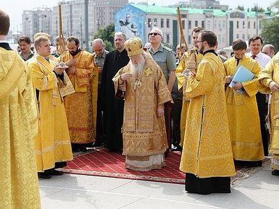Митрополит Ювеналий возглавил торжества по случаю дня памяти князя Владимира в Москве