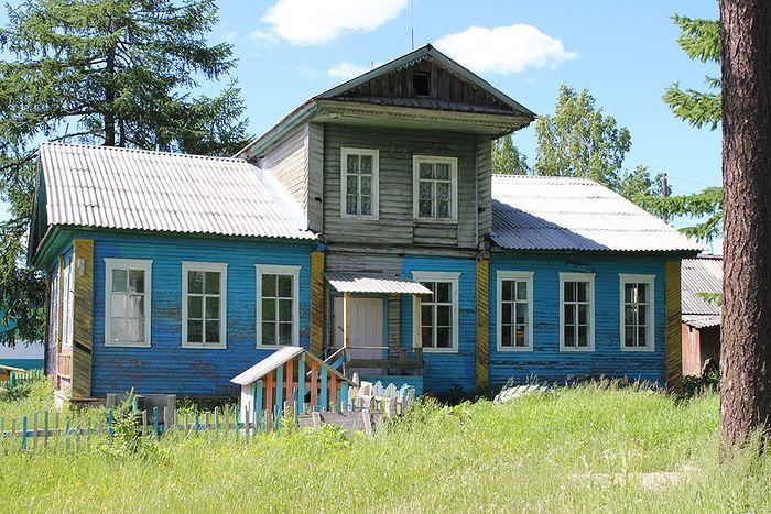 Дом священника Николая Перебатинского в селе Руч, где гостил и священномученик Николай Доброумов