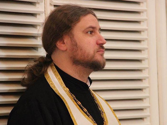 Priest Svyatoslav Shevchenko