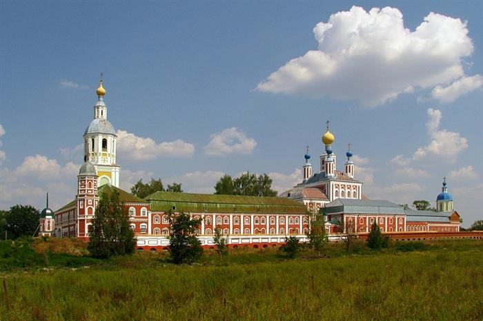 Санаксарски манастир у Русији, где су нађене мошти адмирала Ушакова