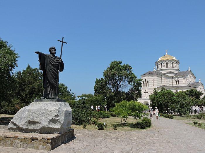 Херсонес. Собор св. князя Владимира и памятник св. апостолу Андрею