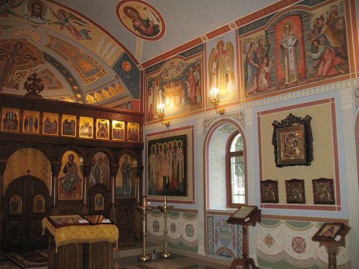 Храм Семи священномучеников Херсонесских. Внутреннее убранство