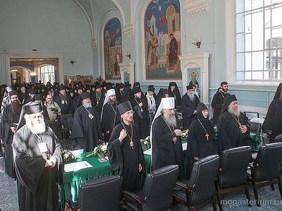В Санкт-Петербурге проходит круглый стол «Особенности устроения монашеской жизни в городских монастырях»