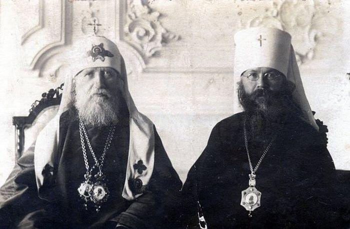 Патриарх Тихон и митрополит Вениамин. Фото: wikipedia.org