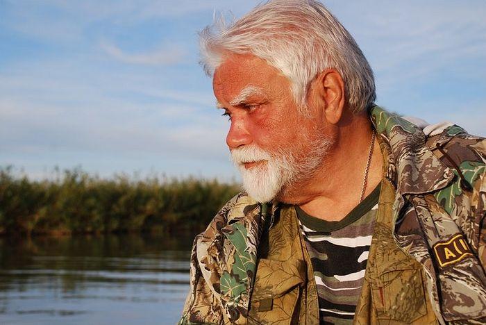 Протоиерей Ярослав Шипов на рыбалке