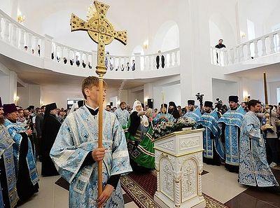 Патриарх Кирилл освятил Георгиевский храм в г. Ярцеве Смоленской области