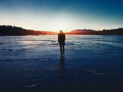 Одиночество – бездна души, предназначенная для Бога