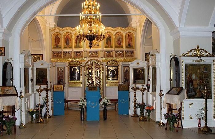 В храме Святителей Афанасия и Кирилла, патриархов Александрийских, что на Сивцевом Вражке