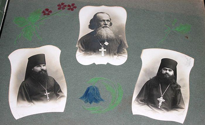 Страница из альбома Вифанской Духовной семинарии выпуска 1913 года с фото Владыки Германа (Ряшенцева)