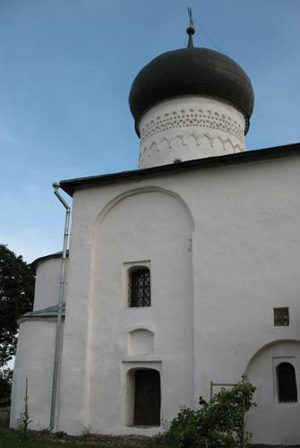 Рождественский собор передали монастырю летом 2012 года.