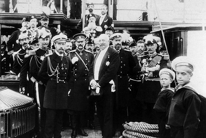 Император Николай II с президентом Франции Феликсом Фором, 1896 г.