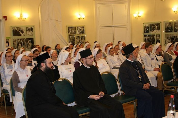 Представители Комитета на встрече со студентами Свято-Димитриевского училища сестер милосердия