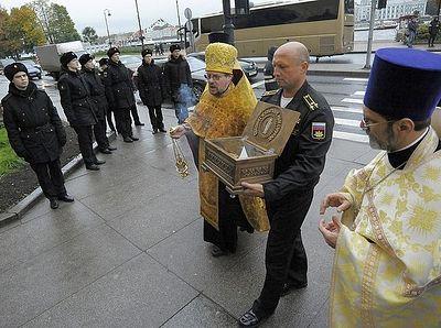 Ковчег с башмачком святителя Спиридона Тримифунтского доставлен в Санкт-Петербург