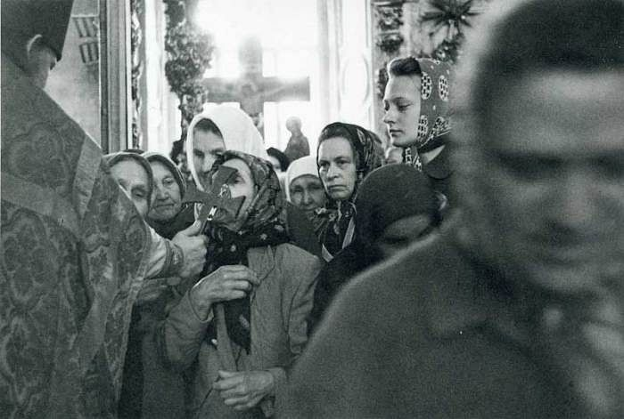 На Литургии. СССР, 1970-е годы.