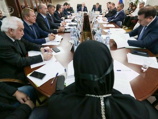 Заседание Комитета по развитию гражданского общества, вопросам общественных и религиозных объединений. Автор фото: Марат Абулхатин/Фотослужба Государственной Думы