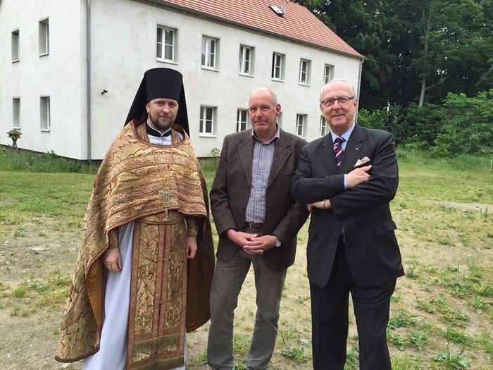 Abbot Daniel, Burgomaster of Milmersdorf, and Prince Eduard von Anhalt.