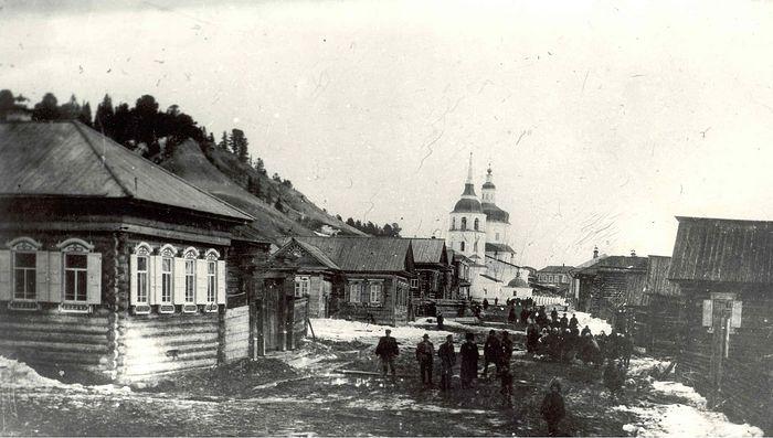Покровская церковь села Самарово. Начало XX века.