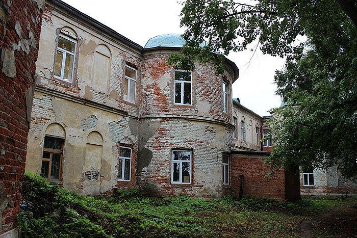 Прогулка в окрестностях бывшей Вифанской семинарии