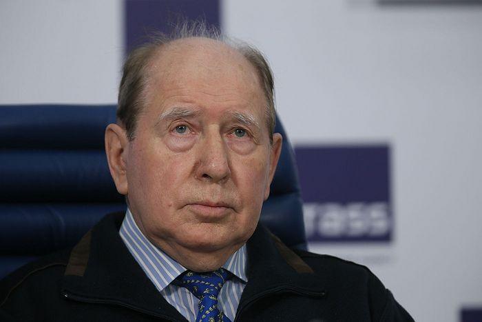 Алексеев Вениамин Васильевич, академик РАН, член-корреспондент