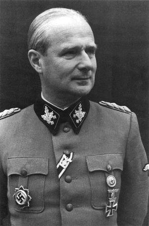 Карл Вольф