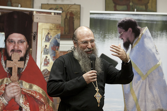 Archimandrite Melchisedek speaks about Fr. Daniel at an evening held in his honor. Photo: pravmir.ru