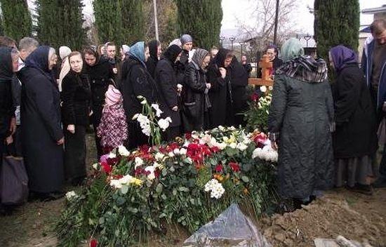 На могилке схиархимандрита Симеона