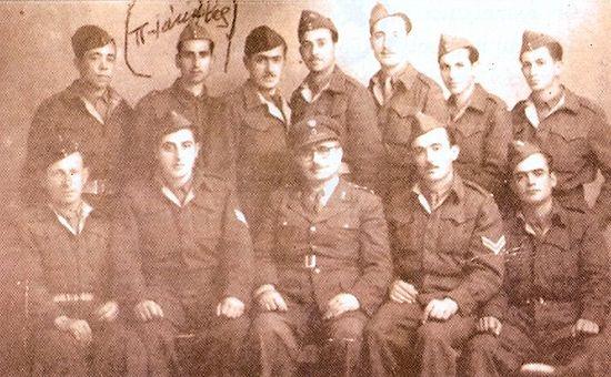 Отец Иаков в армии с командиром полка и сослуживцами