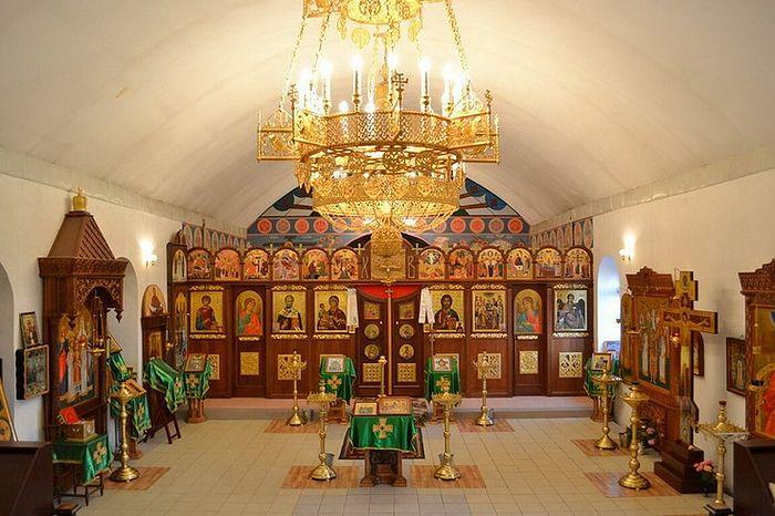Внутри Троицкого храма. Фото: Архив Свято-Михайло-Афонского монастыря