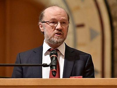 «Россия уходит от идеологических крайностей»
