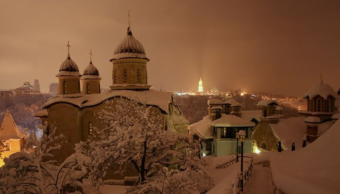 Зимний Зверинецкий монастырь