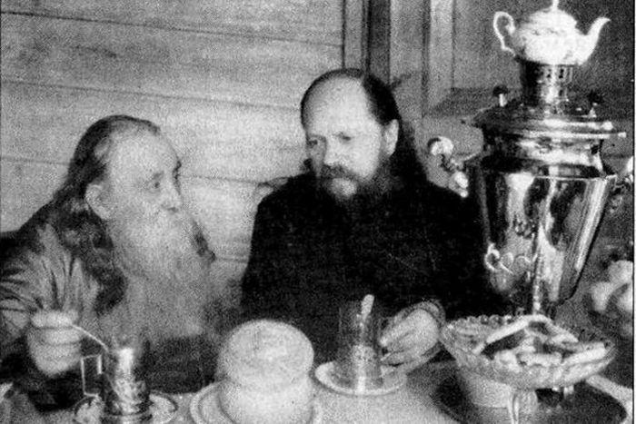 Владыка Сергий и архимандрит Исаакий