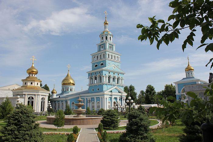 Успенский кафедральный собор в Ташкенте