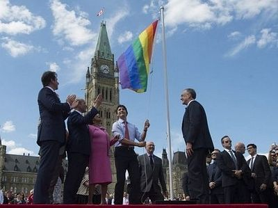 Канадское правительство заставляет работодателей придерживаться либеральных взглядов на аборты и проблемы сексуальных меньшинств