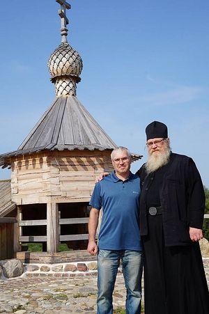 С моим другом послушником Александром