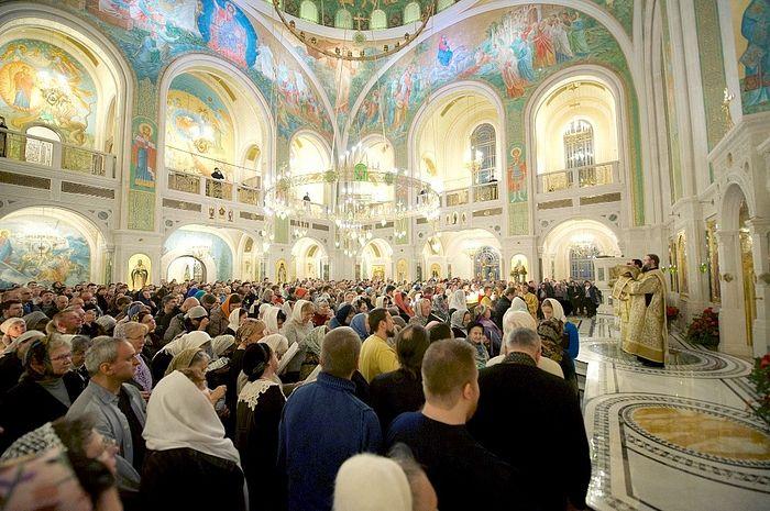 New Year's Eve midnight Liturgy in Stretensky Monastery. Photo: Ioann Tkachenko/Pravoslavie.ru
